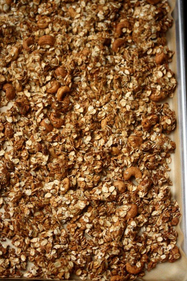 Gluten-Free Cashew Crunch Granola
