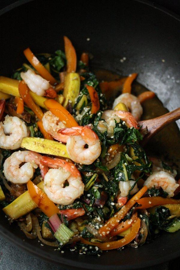 ... the Job: Sesame Shrimp Stir Fry with Summer Vegetables and Hemp Seeds