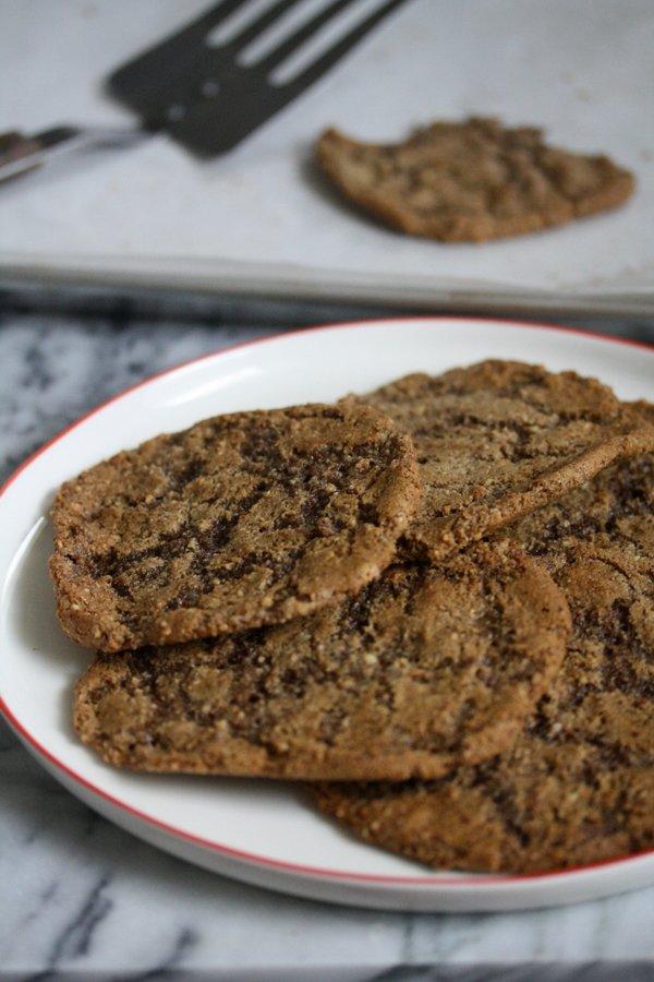 Flourless Gluten-Free Gingerbread Cookies   Easy Desserts