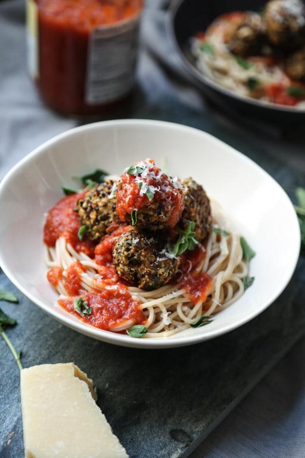 Easy Vegetarian Meatballs Recipe with Lentils and Quinoa   Veggie Meatballs
