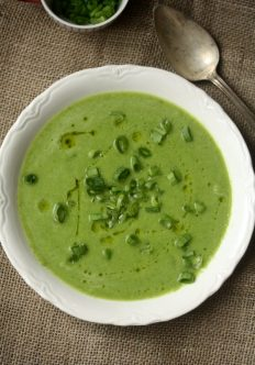 Sweet Pea and Green Onion Soup