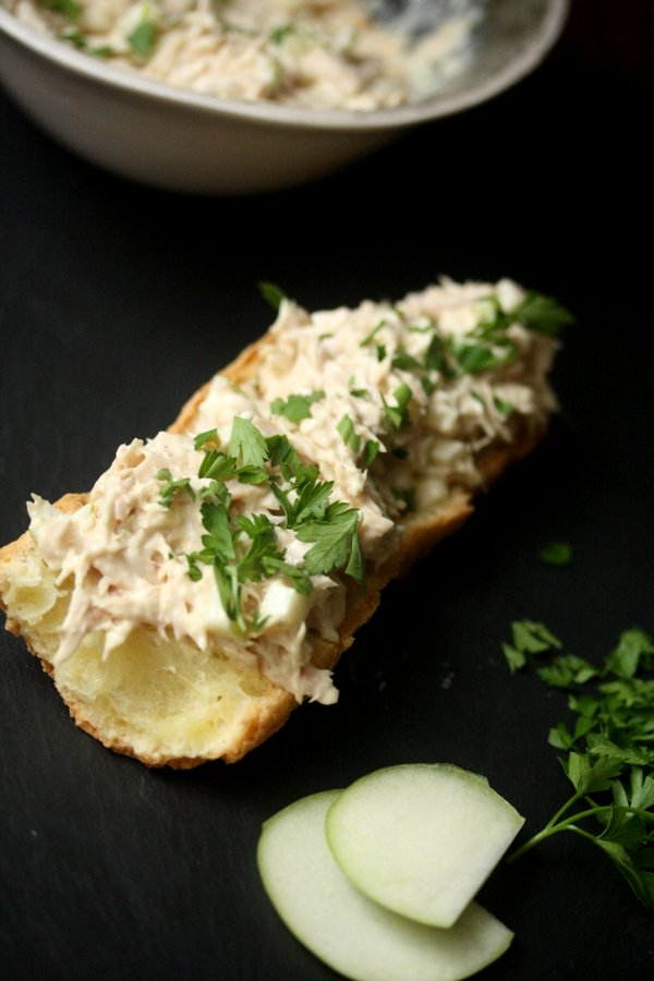 This recipe will give you an easy tuna salad sandwich