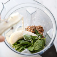 Green Almond Milk Smoothie Recipe with Spinach and Banana