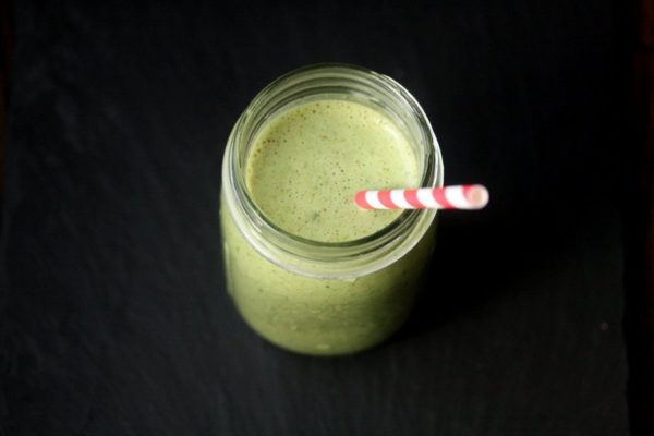 Green Giant Spinach Almond Milk Smoothie with Banana, and Almond Butter - Healthy Dairy-Free Breakfast