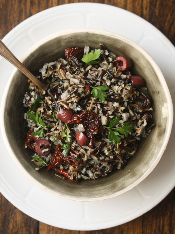 Mediterranean-Wild-Rice-with-Olives-and-Tomatoes