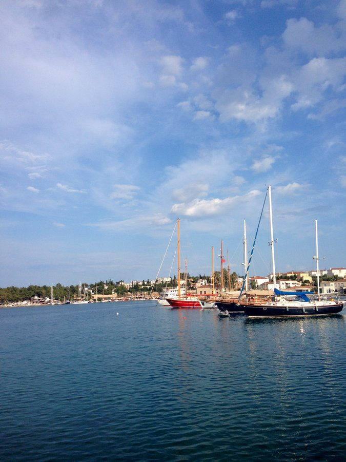 My Vacation Guide to Spetses, Greece: The Perfect Affordable Weekend in the Greek Isles