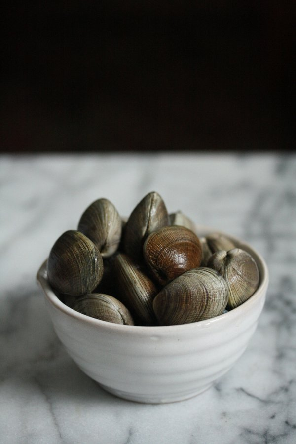 clams for my easy quinoa paella