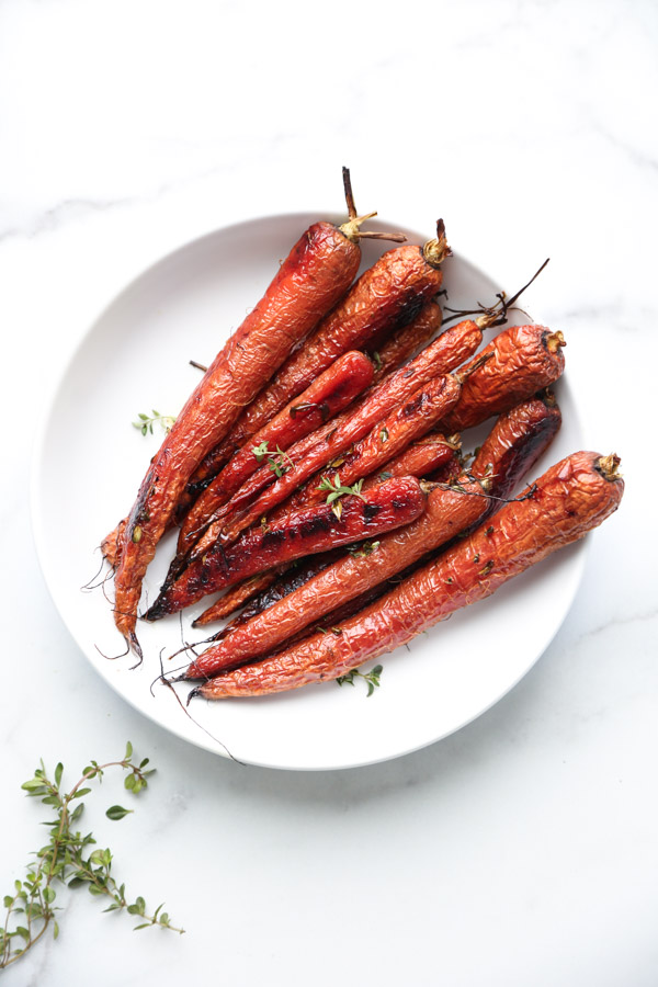 Roasted Carrots with Honey and Thyme in a bowl