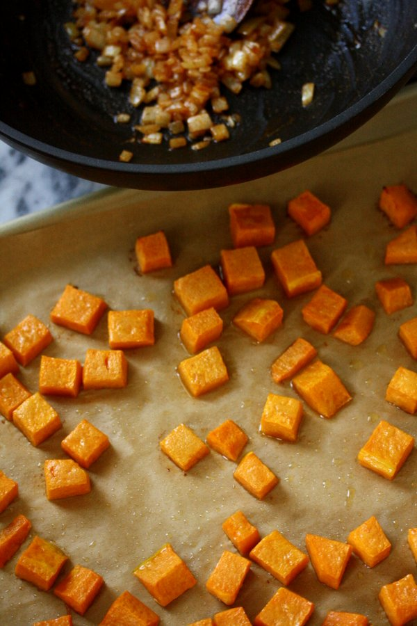 roasted butternut squash recipe - easy, quick, and gluten-free!