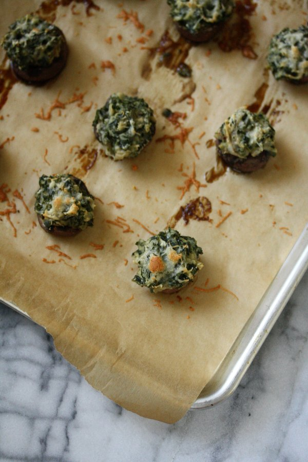 Easy Stuffed Mushroom Recipe - the caps are topped with healthy creamed kale and manchego cheese - gluten-free!