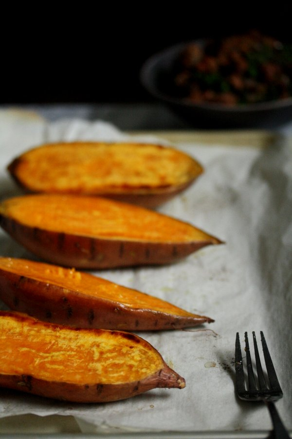 perfectly roasted sweet potatoes - my favorite healthy recipe with turkey sausage