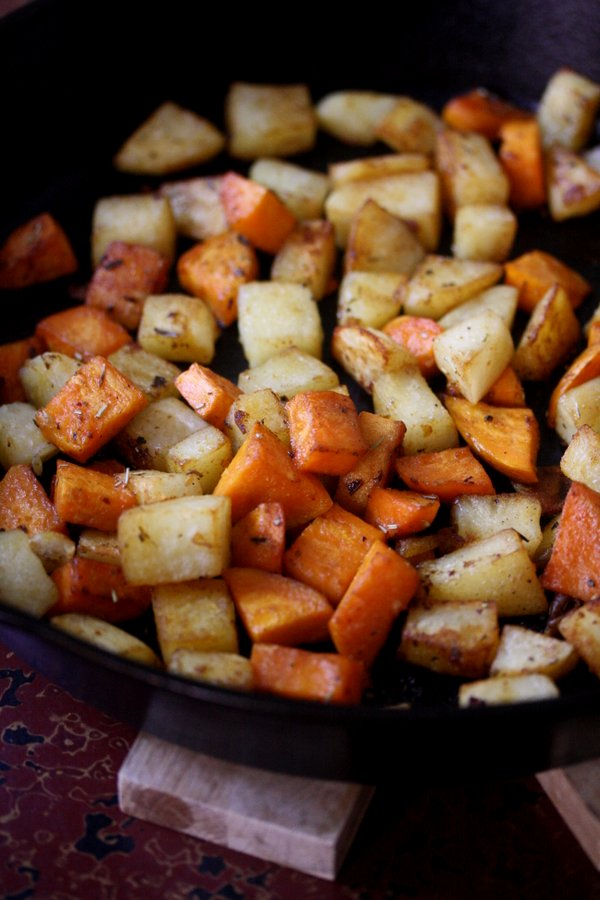 Skillet Home Fries with Sweet Potatoes | Gluten-Free Breakfast Recipes | Gluten-Free Breakfast Recipes | Healthy Brunch Recipes