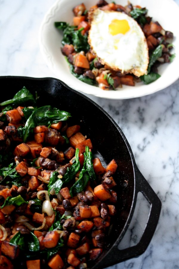 Mexican Sweet Potatoes | Healthy Sweet Potato Hash Recipe with Mexican Spices, Black Beans, Spinach and Shallots