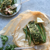 Ginger-Almond Baked Salmon Packets with Green Beans