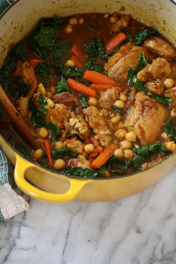 Easy moroccan chicken tagine recipe with kale healthy easy moroccan chicken tagine recipe with kale chickpeas and carrots healthy slow cooker forumfinder Images