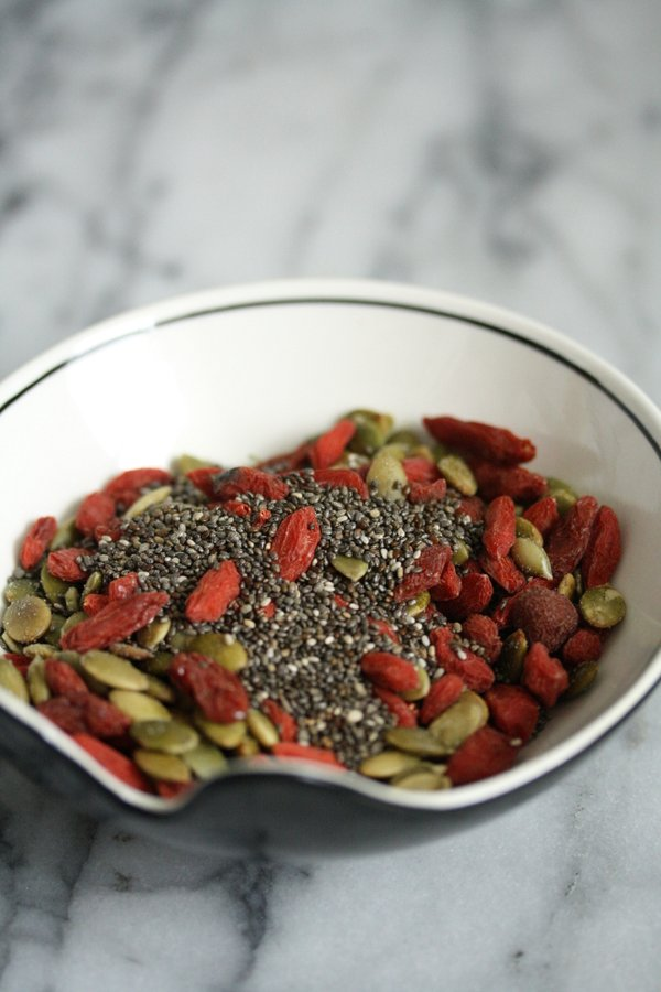 Beauty Bark! A Quick and Easy Dark Chocolate Bark Recipe with Chia Seeds, Pumpkin Seeds (Pepitas) and Goji Berries | A Great Healthy Snack or Dessert!