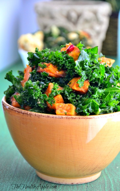 Detox Kale Salad with Pomegranate | Detox Recipe | The Healthy Apple | Amie Valpone
