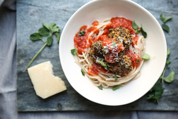 Veggie Meatballs Recipe with Lentils and Quinoa | Meatless and Gluten-free
