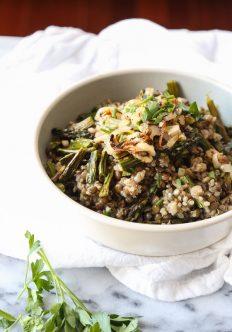 Spring Quinoa Mujadara with Asparagus {Video}