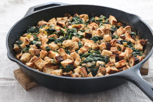 "Gluten-Free Stuffing Recipe with a Vegan ""Creamed"" Spinach and Leeks - a great vegan / vegetarian option for Thanksgiving!"