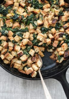 "Gluten-Free Stuffing with ""Creamed Spinach"" and Leeks (Vegan)"
