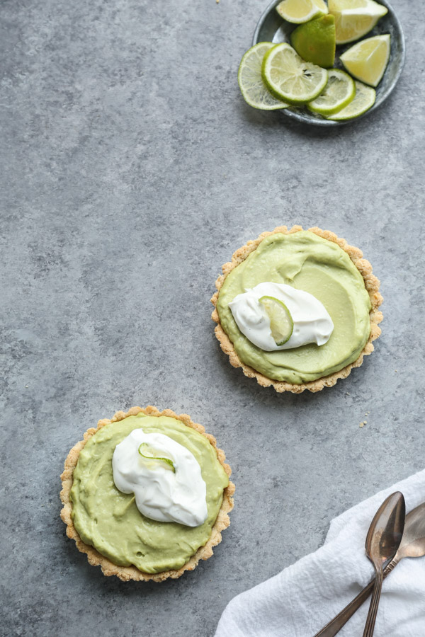 Gluten-Free Key Lime Pie Recipe with Paleo Avocado Filling and Almond Flour Crust | Healthy Summer Recipes From Feed Me Phoebe