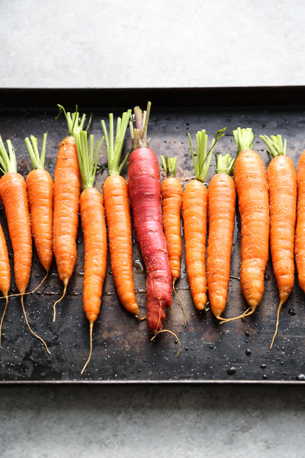 Sesame-Ginger Whole Roasted Carrots Recipe | Healthy Thanksgiving Sides | Gluten-Free, Paleo