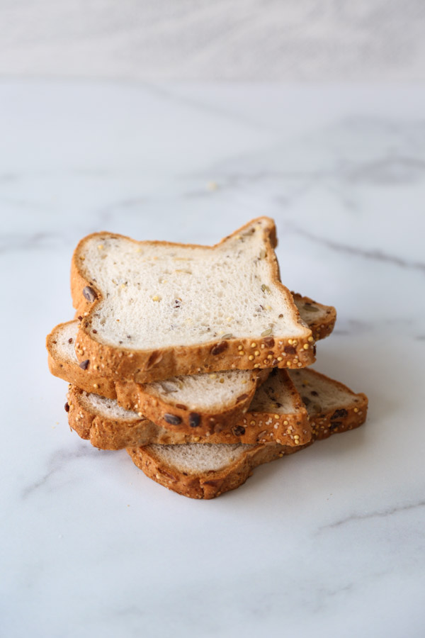 gluten-free bread slices